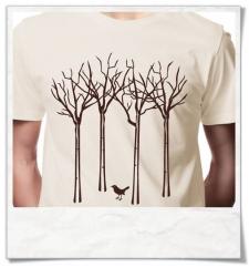 Männer T-Shirt Vogel im Wald, fair hergestellt & aus Biobaumwolle in Beige