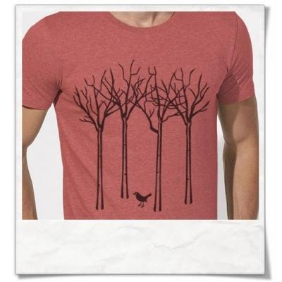 Männer T-Shirt Vogel im Wald in Korallrot