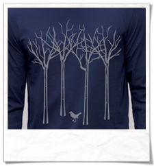 The bird in the forest Longsleeve T-Shirt