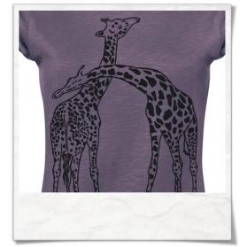 Frauen T-Shirt Giraffe / Giraffen Fair hergestellt in Lila