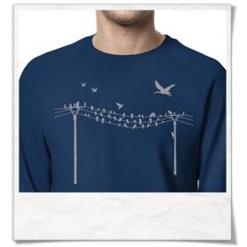 Vögel auf Strommast Sweatshirt aus Biobaumwolle