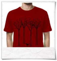 T-Shirt the bird in the forest in red
