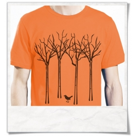 Männer T-Shirt Vogel im Wald aus Biobaumwolle in orange